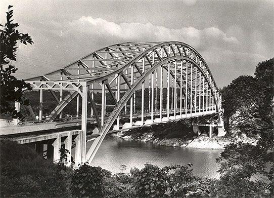 Puente sobre el río Usumacinta, 1950 (542x391)